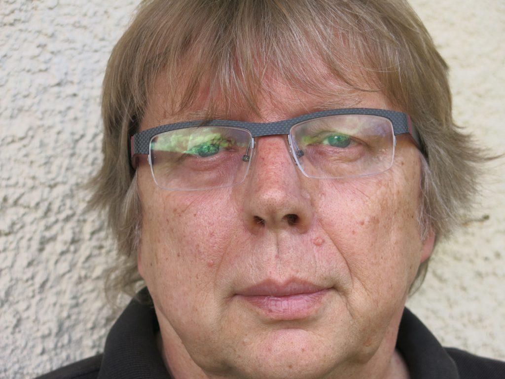Christian_Fink-Journalist_Autor_Texter-Portrait-2
